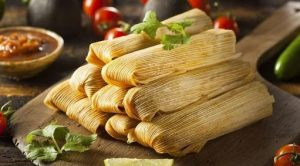 do you eat the corn husk of a tamale
