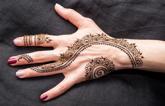 Ring-Finger-Mehndi-Design