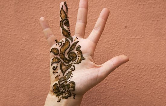 Small-Hand-Mehndi-Design